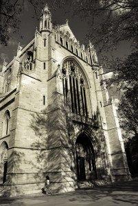 church-1219003-639x954